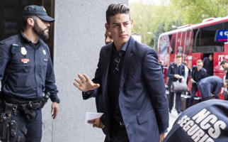 Anak Maradona Larang James Rodriguez Pakai Nomor 10 di Napoli - JPNN.com