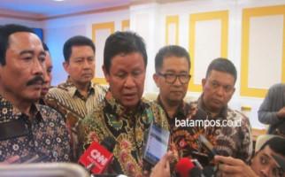Pesan Isdianto untuk ASN Setelah Terima SK Penunjukan Plt Gubernur Kepri - JPNN.com