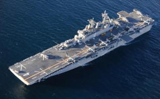 Kapal Perang Amerika Gagalkan Pengiriman Ratusan Misil Iran - JPNN.com