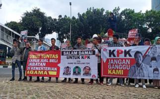 Mahasiswa Desak KPK Tangkap Lukman dan Musyaffa - JPNN.com