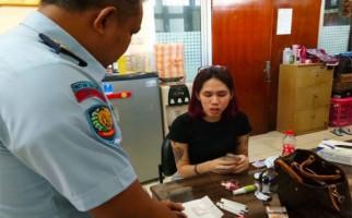 Ada Cewek Bertato Bawa Barang Terlarang ke Rutan Jakpus - JPNN.com