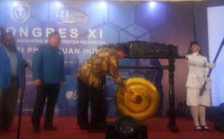 Luhut Panjaitan Berharap GAMKI Berperan Aktif Dalam Pembangunan Bangsa - JPNN.com