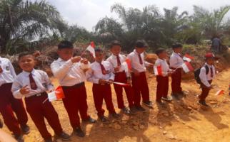 Satu Medali Emas Berharga Asian Games 2018 untuk Sekolah di Pedalaman - JPNN.com