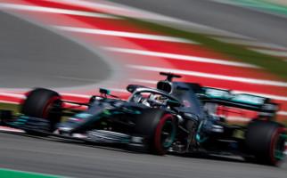 Hasil F1 Hungaria: Lewis Hamilton Sukses Rebut Puncak Podium dari Verstappen - JPNN.com