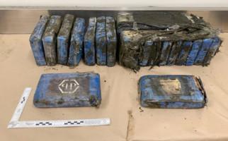 Kokain Senilai Rp 28 Miliar Terdampar di Pantai Selandia Baru - JPNN.com