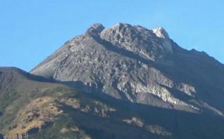 Gunung Merapi Meletus Lagi Dini Hari Tadi, Tetap Waspada Tetapi Jangan Panik Ya - JPNN.com