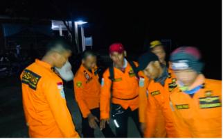 Mahasiswi Pendaki Pingsan Saat Upacara HUT Kemerdekaan di Gunung Kerinci - JPNN.com