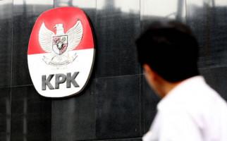 20 Koruptor Ini Ditangkap KPK, Hukumannya Diringankan MA - JPNN.com