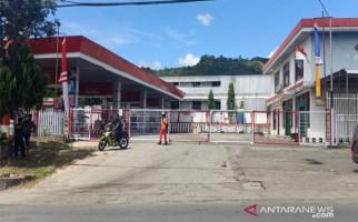 PascaRusuh, Pertamina Kembali Salurkan BBM di Jayapura dengan Pengawalan - JPNN.com