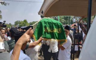 Testimoni SBY Saat Pemakaman Ibundanya di TPU Tanah Kursir - JPNN.com