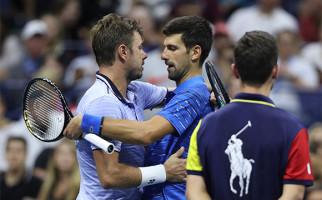 Tertinggal Dua Set dari Stan Wawrinka, Novak Djokovic Mundur Lantaran Cedera Bahu - JPNN.com