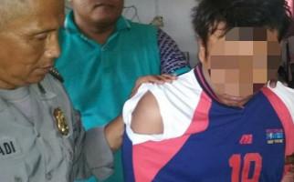 Pemuda Tega Bacok Ibu Kandung hingga Bermandi Darah - JPNN.com