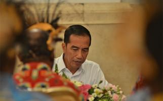 Sebaiknya Jokowi Temui 2 Orang Tua Ini, Minta Saran soal Konflik Papua - JPNN.com