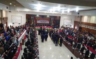 Pesan Penting Ketua DPRD Provinsi Maluku Edwin Adrian Huwae untuk Anggotanya - JPNN.com