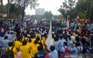 Demo Mahasiswa di Palembang Ricuh dengan Polisi, Banyak yang Terluka - JPNN.com