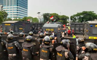 Aktivis 98 Imbau Aparat Tidak Brutal Menghadapi Demo Mahasiswa - JPNN.com