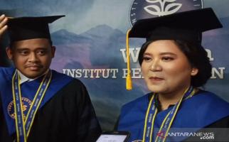 Selamat! Kahiyang Ayu Lulus S-2 di IPB University dengan Predikat Cum Laude - JPNN.com