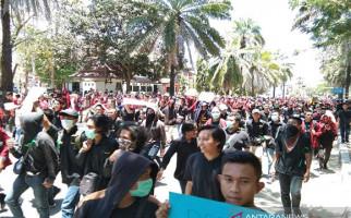 Ombudsman Kecam Tindakan Brutal Polisi saat Demonstrasi Mahasiwa Sultra - JPNN.com