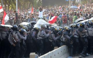 Ini Kata Pakar Hukum Internasional soal Dugaan Pelanggaran HAM saat Demo Mahasiswa 24 September - JPNN.com