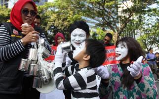 Kebijakan Pemerintah Melarang Kental Manis Untuk Anak-anak Dinilai Setengah Hati - JPNN.com