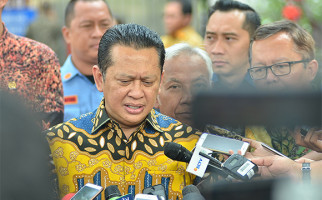 Ketua MPR: TNI dan Seluruh Rakyat Indonesia Harus jadi Benteng Kedaulatan Bangsa - JPNN.com