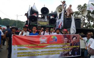 Duh, Sedikit Banget Massa Honorer K2 di Demo Buruh 2 Oktober - JPNN.com