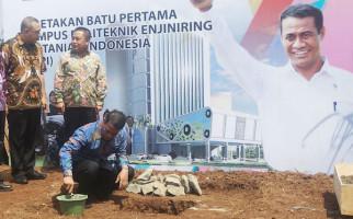 Upaya Menteri Amran Menguatkan SDM Sektor Pertanian - JPNN.com