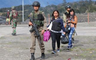 Pendatang di Ilaga Papua Mengungsi, Trauma Mendengar Bunyi Senjata Setiap Hari - JPNN.com