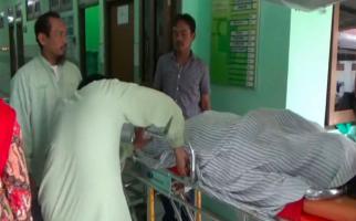 Mertua Kalap, Bunuh Menantu dengan Celurit - JPNN.com