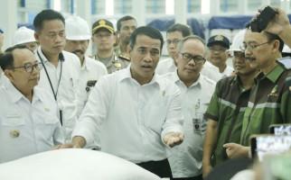 Mentan Jawab Fitnah Soal Beroperasinya 10 Pabrik Gula Baru - JPNN.com