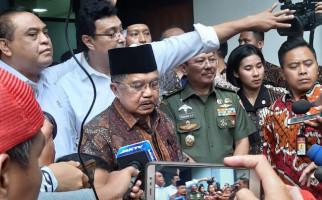 Komentar Wapres JK Usai Jenguk Pak Wiranto di RSPAD - JPNN.com