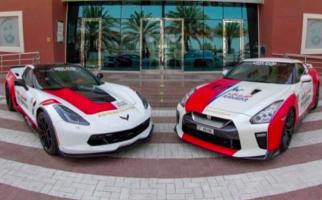 Wow! Mobil Sport Keren Ini Dijadikan Ambulans di Dubai - JPNN.com