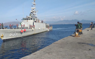 Tiga Kapal Perang TNI AL Bergantian Sandar di Pangkalan Banyuwangi, Ada Apa Nih? - JPNN.com