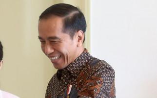 Pengamat Ingatkan Jokowi Cermat Memilih Menteri Ekonomi - JPNN.com