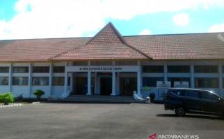 Gaji Anggota Dewan yang Malas Ngantor Akan Dipotong - JPNN.com