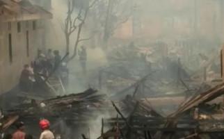 Kawasan Padat di Palembang Terbakar, Rumah Ortu Kapolri Ludes - JPNN.com