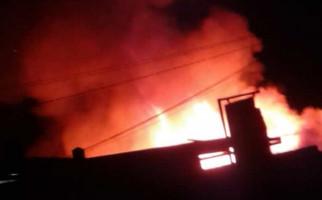 Kebakaran Melanda Pasar Blabak Magelang - JPNN.com
