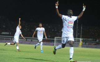 Persipura Harus Puas Berbagi Poin dengan Arema FC - JPNN.com