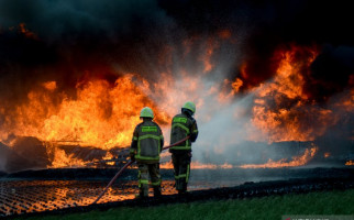 KCIC Harus Bertanggung jawab Atas Insiden Pipa BBM yang Terbakar - JPNN.com