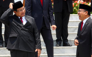 Jokowi Buka Rahasia Alasan Memilih Prabowo Subianto dan Gerindra Masuk Kabinet Baru - JPNN.com