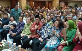 Momen Akrab Amran dan Syahrul di Acara Sertijab Mentan - JPNN.com