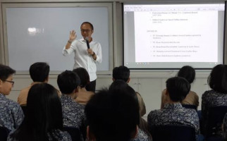 Charta Politika: Mayoritas Responden Setuju Revisi UU ITE - JPNN.com