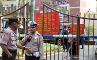 Waspada, Masih Ada Pelaku Teror Bom Bunuh Diri di Mapolrestabes Medan yang Kabur - JPNN.com