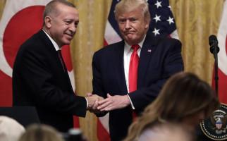 Usai Bahas Isu Panas, Trump Umbar Pujian untuk Erdogan - JPNN.com