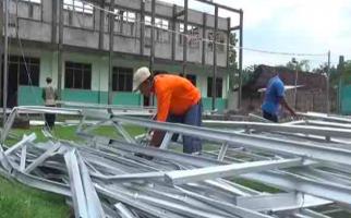 Habiskan Anggaran Rp 20 Miliar untuk Perbaiki Sekolah Rusak - JPNN.com