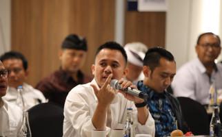 Mufti Anam: Debat Panas Adian Vs Arya jadi Momentum Perkuat Transparansi BUMN - JPNN.com