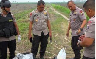 Densus 88 Antiteror Musnahkan Bom Milik Jaringan Teroris di Hamparan Perak - JPNN.com