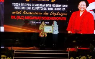 BMKG Membuat Megawati Terkenang Gus Dur dan Teringat Dansa di Bengkulu - JPNN.com