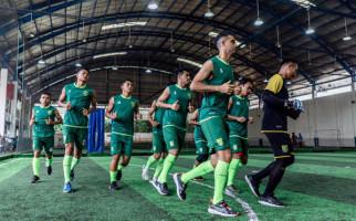Persebaya Surabaya vs Bhayangkara FC: Tumbangkan! - JPNN.com