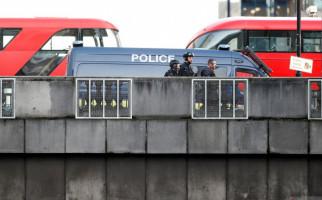 ISIS Klaim Penusukan di Jembatan London Dilakukan Pejuangnya - JPNN.com